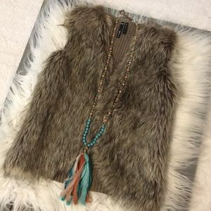 Fun boutique Fur vest